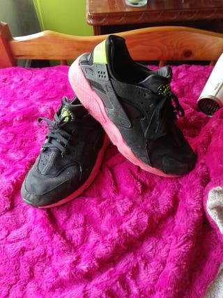 Nike huarache total black. Negociable