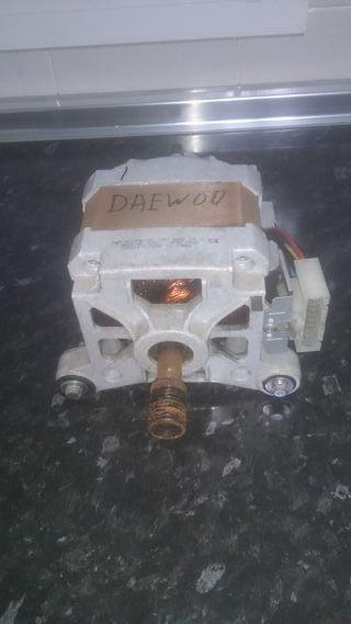 Motor lavadora DAEWOO modelo DWD F1041S