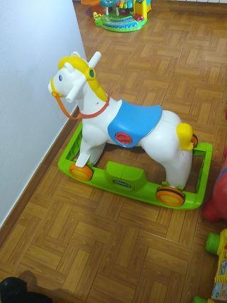 caballo rodeo Chicco