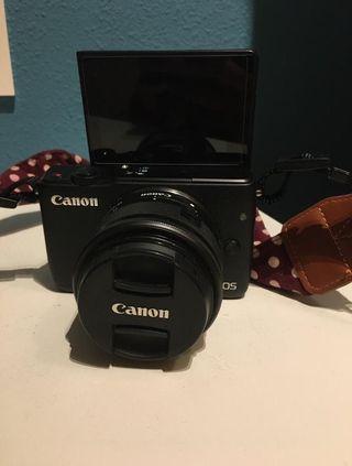 Camara Canon EOS M10 con Wifi