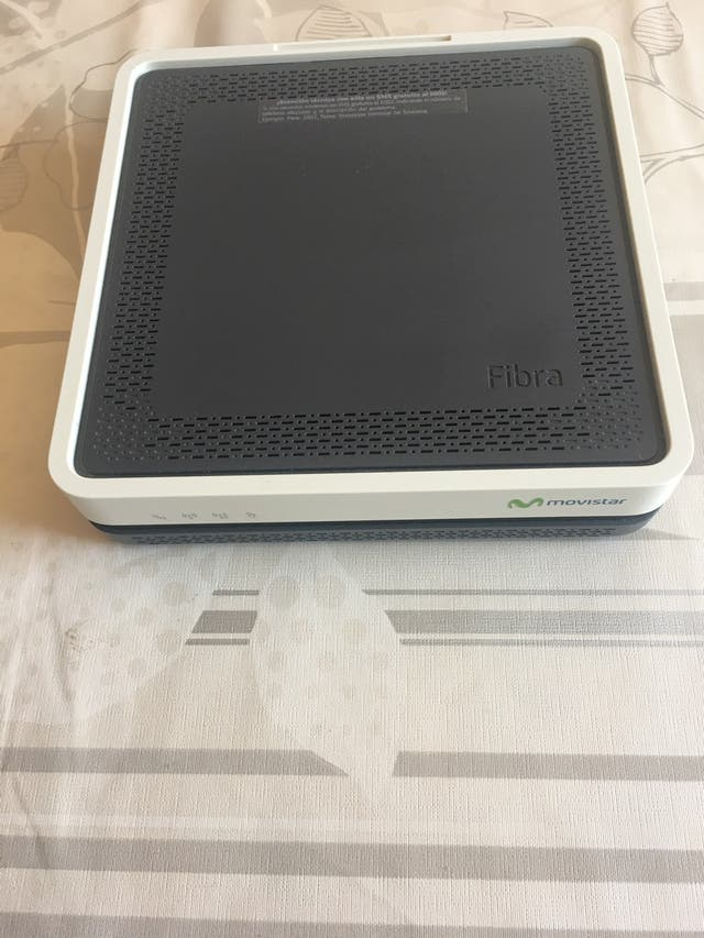 Router Movistar HGU wifi plus 5G