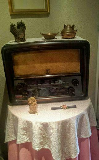 Radio antigua marca Caliope