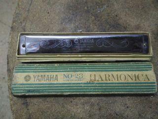armonica yamaha