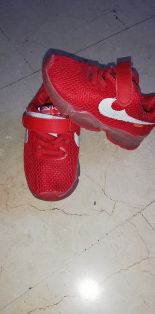 tenis rojo
