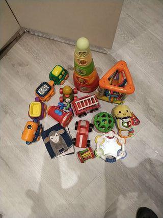 12 juguetes bebe