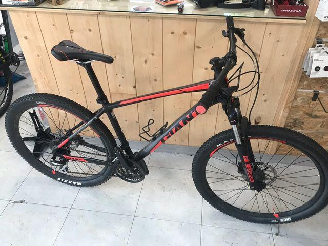 Bicicleta Giant Talon
