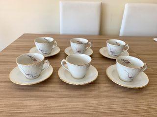 Juego conjunto seis tazas de té o café más platos