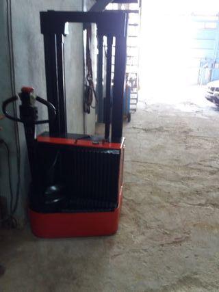 apilador electrico