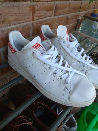 Adidas Stan Smith talla 42(50€ precio negociable)
