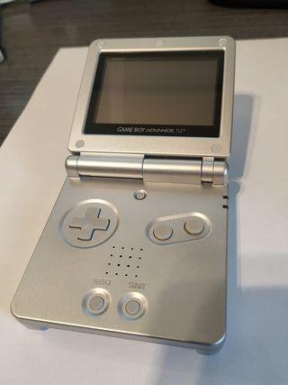 Game Boy Advance SP con funda