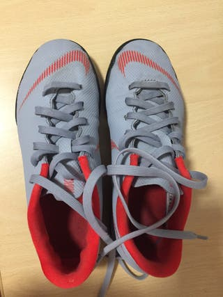 Zapatilla Futbol Nike Mercurial