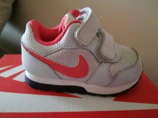 zapatillas deportivas Nike bebe