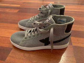 Zapatillas XTEP botines gris