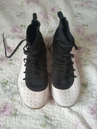 Zapatillas baloncesto Curry