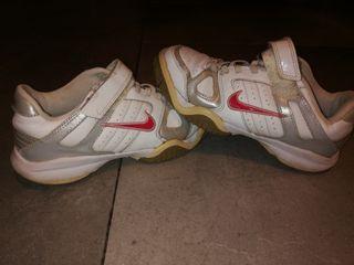 Zapatillas Nike talla 34