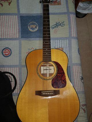 guitarra admira a 600