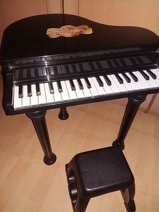 piano negro a partir de 3 años.