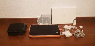 Apple MacBook 13' con complementos