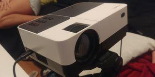 Proyector portatil HD