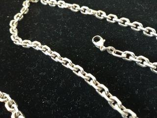 Cadena de plata de 50 cms Nueva, un poco gruesa, c