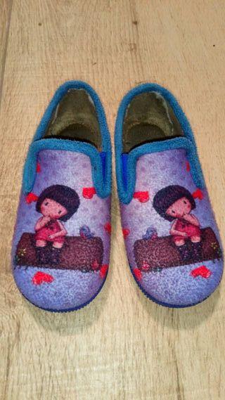 zapatillas de casa T 28