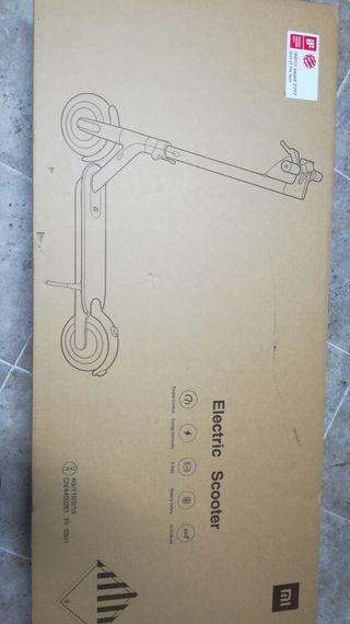 caja patín Xiaomi