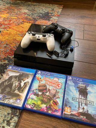PS4 500gb + 2 mandos