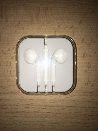 Caja auriculares Apple