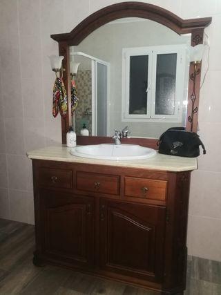 Lavabo con mueble de madera