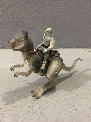 Figura Luke y Tauntaun Star Wars
