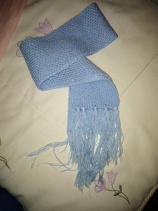 bufanda azul bebé