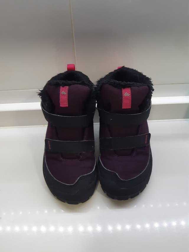 botas agua y nieve T.30