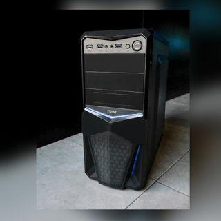 ordenador gaming + monitor + teclado y ratón