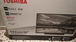 """Televisión 40"""" Smart tv TOSHIBA 40L2863DG"""