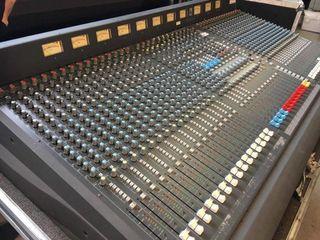 Soundcraft K2 (como nueva recapeada)