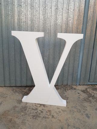 Letras de boda, V y M junto con &