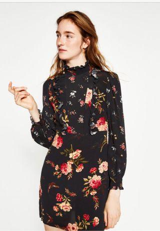 Vestido mini de flore Zara nuevo TM