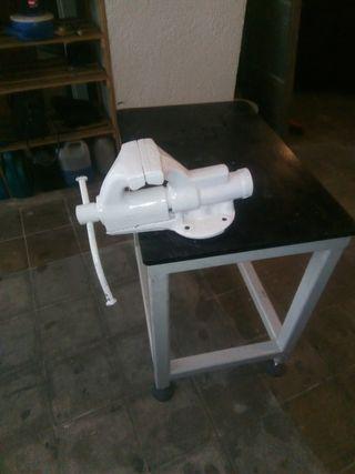 banco mesa de trabajo muy pesado con gran tornillo