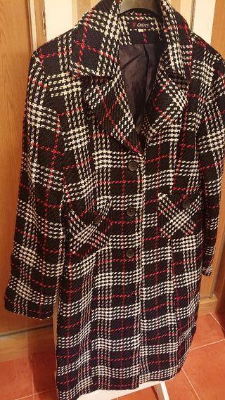 Chaqueta /abrigo fino sin uso talla 40 Muy elegant