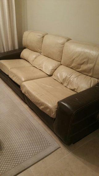sofa de piel de tres plazas