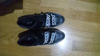 zapatillas MTB con calas marca Ges