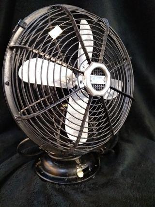 Antiguo ventilador CiNNi, funciona a 220v