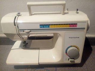 Máquina coser Toyota 4070