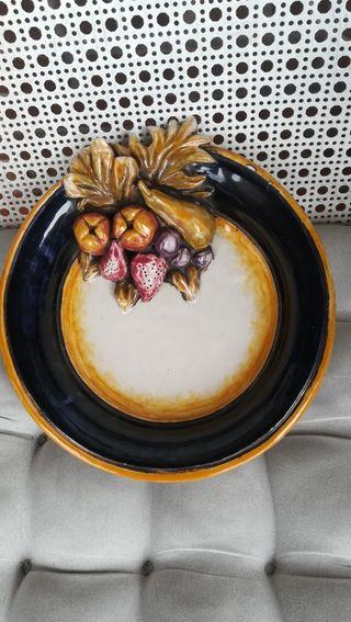Plato de cerámica, original realizado a mano