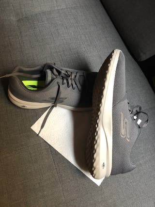 Zapatillas SKECHERS GRIS