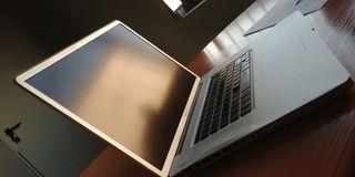 """Apple MacBook Pro 17"""" para piezas"""