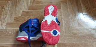 Zapatillas baloncesto (tpo bota), talla 35