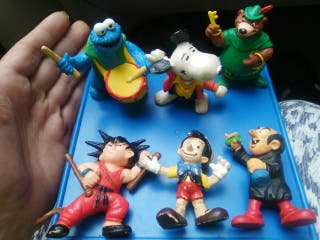 muñecos pvc