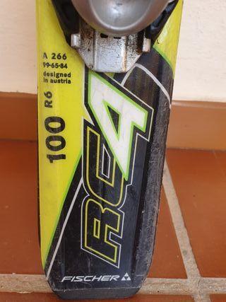 skis carving marca FISCHER de 1 metro