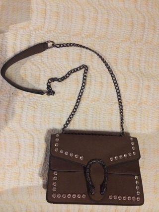Elegante bolso sin uso